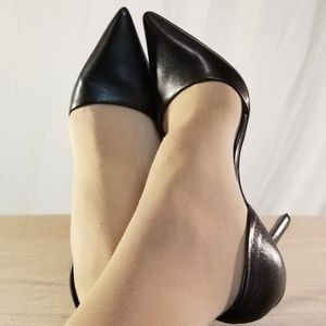 New MMK'S Black Leather Pointed Toe Heels